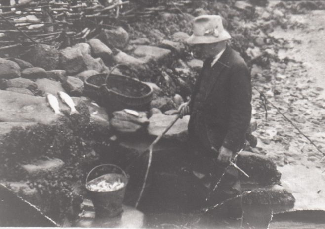 Portrait of Dick Raby, Keeper of Plover Scar and Cockersand lighthouses, at Plover Scar fish trap | Bob Parkinson