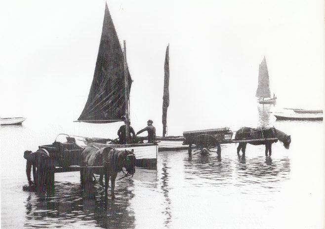 Musselers getting ready to sail from Kilnbrow cart road to Heysham skeers | Keith Willacy collection