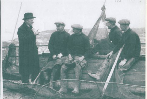Mussel fishermen being canvassed for their vote on Kilbrow