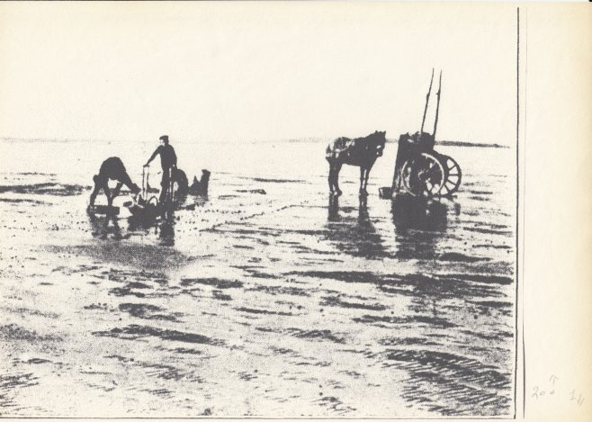 Flookburgh fishermen off Grange, fishing for cockles | Keith Willacy collection