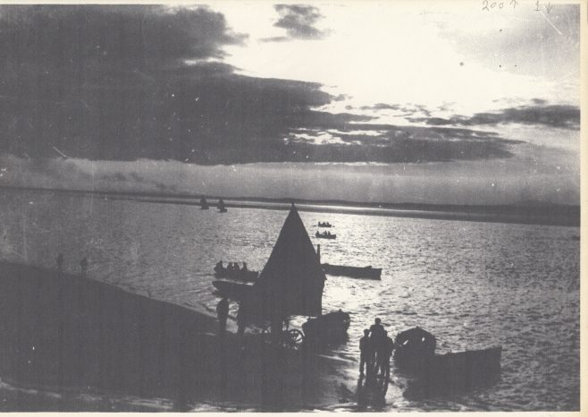 An evening sail in Ring Hole.  Notice the wheeled landing stage at the water's edge | Keith Willacy collection