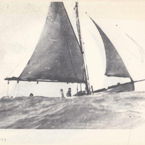 Alice Allen, LR 170, in heavy seas off Rossal Point, Fleetwood