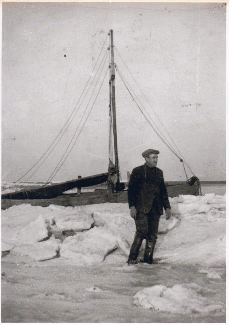 Walter Raby standing on the ice | Keith Willacy collection